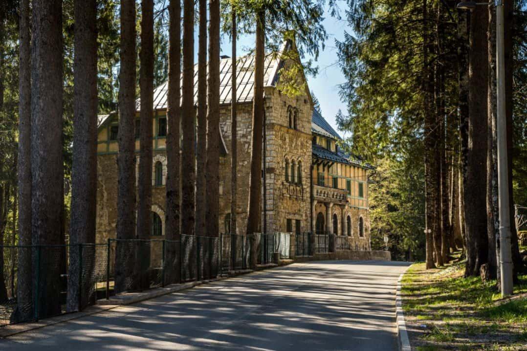 Dom-mladih-dvorac-stara-susica-galerija-1-1